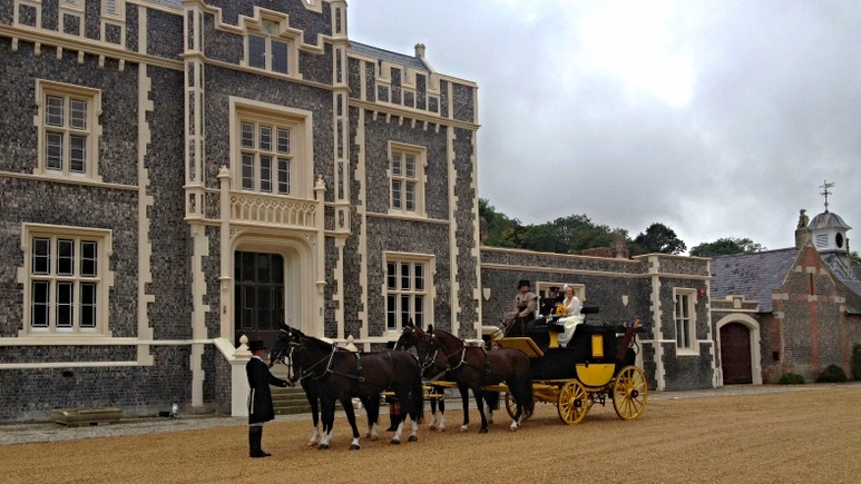 horse&carriage.JPG