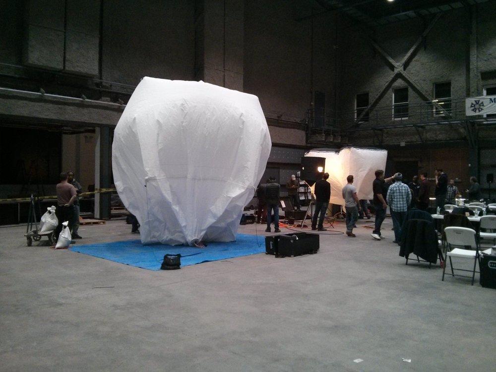 Balloon lighting seminar