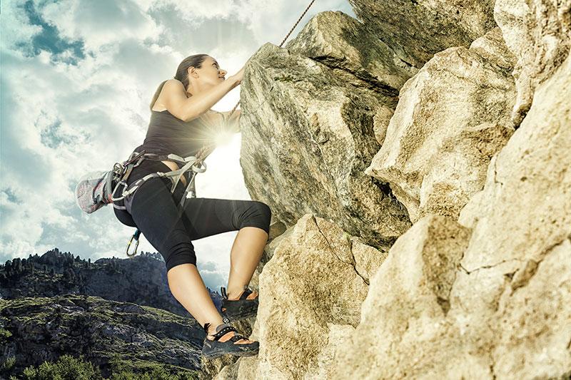 photographe-publicitaire-femme-et-sport-escalade-03