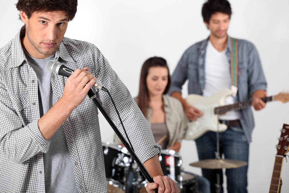 Gute Teams funktionieren wie Bands   Zusammenarbeit, Durchhaltevermögen undunkonventionelles Denken - dasalles ist von Bedeutung für das Zusammenspiel in einer Rockband und auch im Büro.