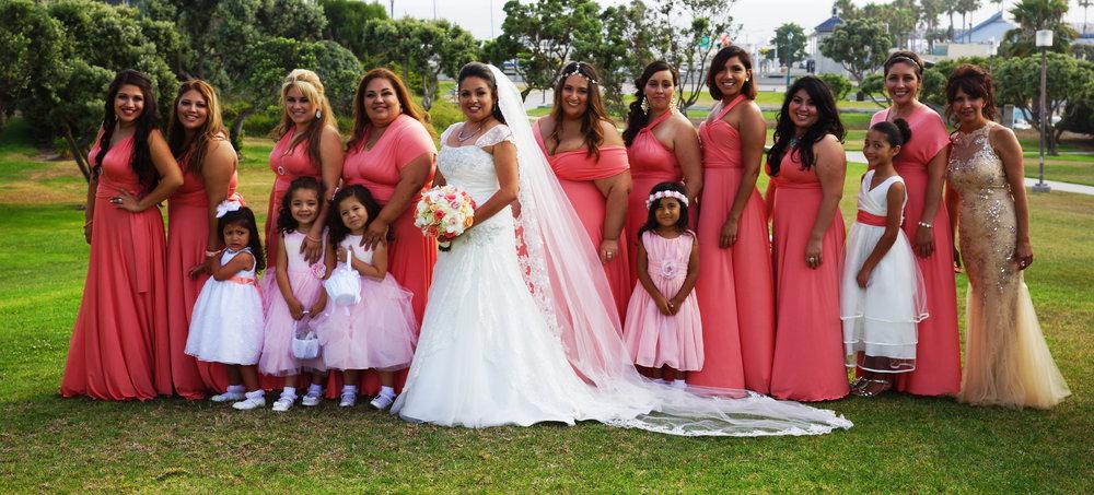 bridesmaids_bride_crop_14737379266_o.jpg