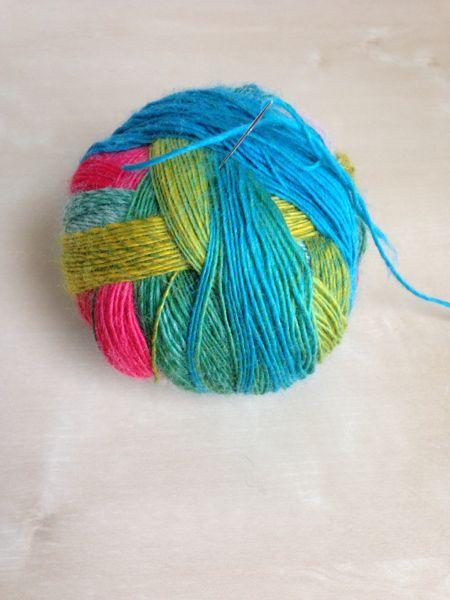 schoppel_yarn_ball