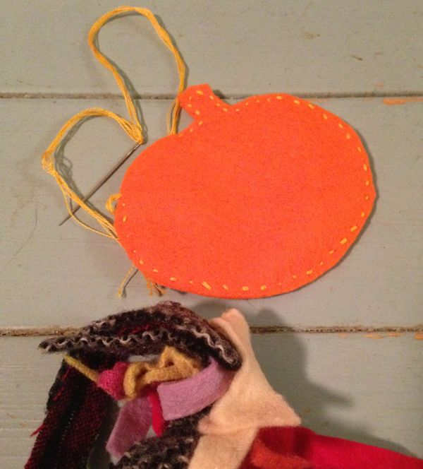 stuff_felt_pumpkin