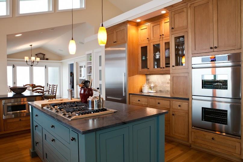 A kitchen with Zena's premium Oregon White Oak flooring.