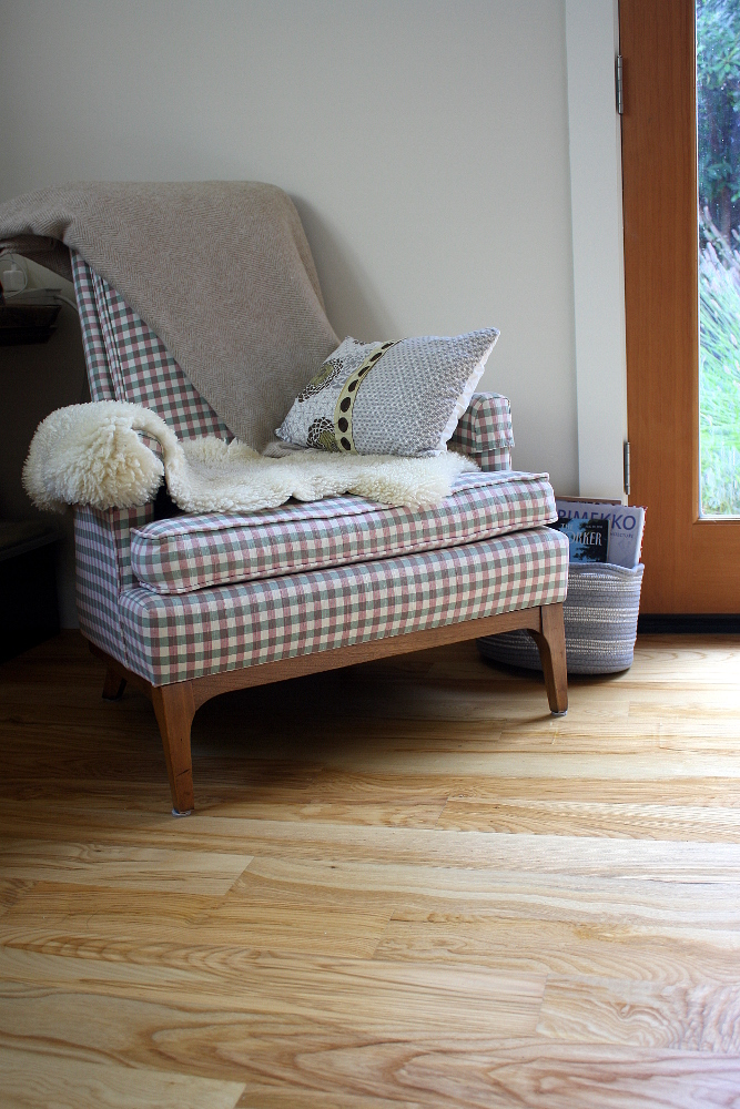 Oregon Ash flooring makes an awesome addition to this cozy reading nook.