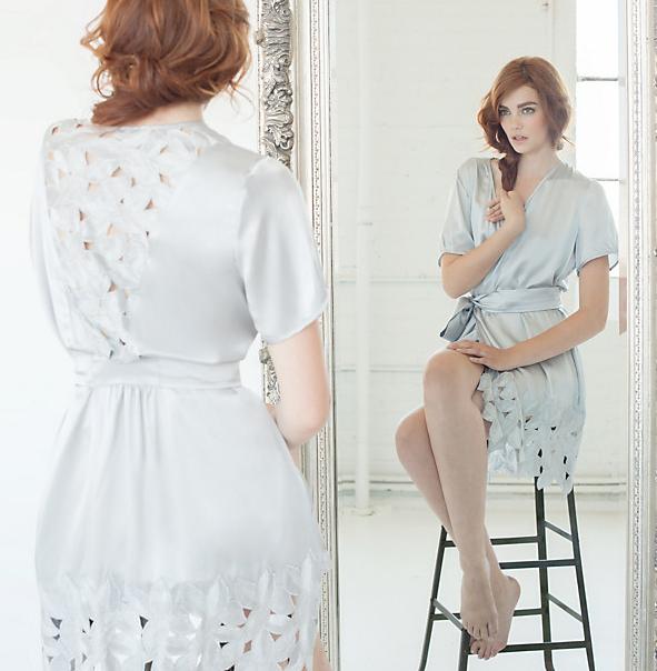http://www.journelle.com/loungewear/robes/dear-bowie-zoe-robe/DEA-1404.html