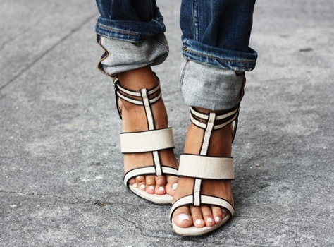 https://bellabox.com.au/beautyguide/style-sunday-happy-strappy-feet