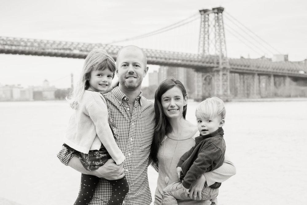 NYC_brooklynwilliamsburgpfamilyphotography01.jpg