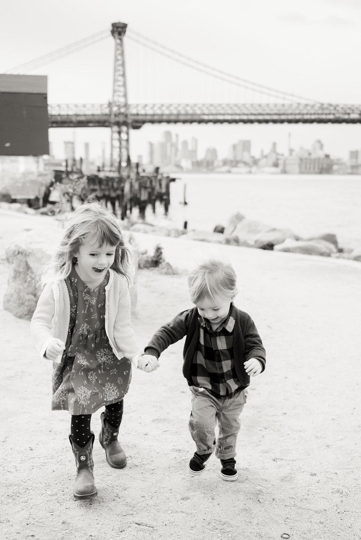 NYC_brooklynwilliamsburgpfamilyphotography03.jpg