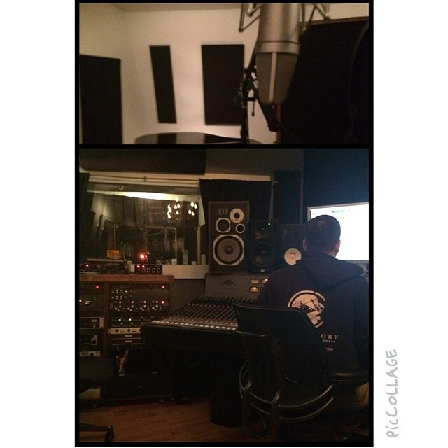 Regram from @nomiruiz In the studio tonight with @mmorenomusic and @pumapumelli