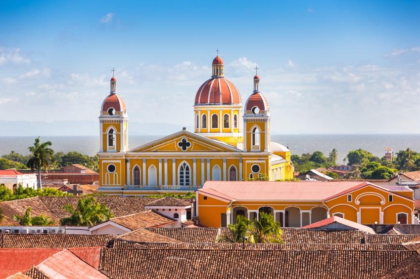 Granada & Las 365 Isletas -