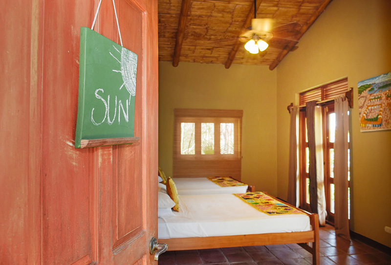 Suite con Balcón Privado y Vistas a la Laguna -
