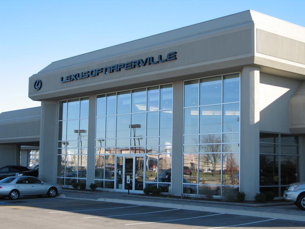 Lexus-of-Naperville-Exterior-2-10x7.5.jpg