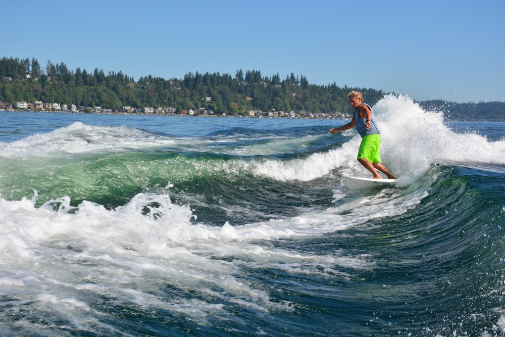Jeff Page double wake surfing in the northwest.