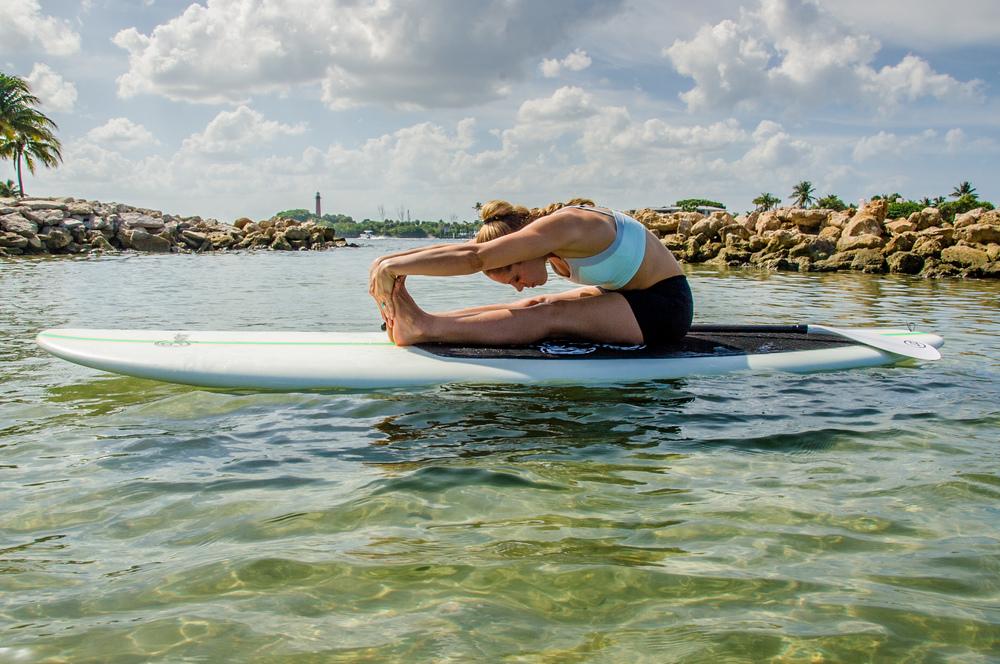 SUP Yoga- Forward Fold