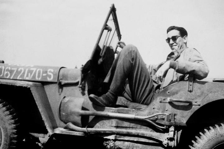 Jerry Salinger fue un autor formado en la segunda guerra mundial que inspiró a millones.