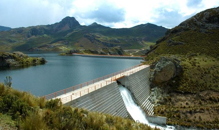 Los reservorios/represas son opciones de gestión sostenible del agua para cuencas andinas.