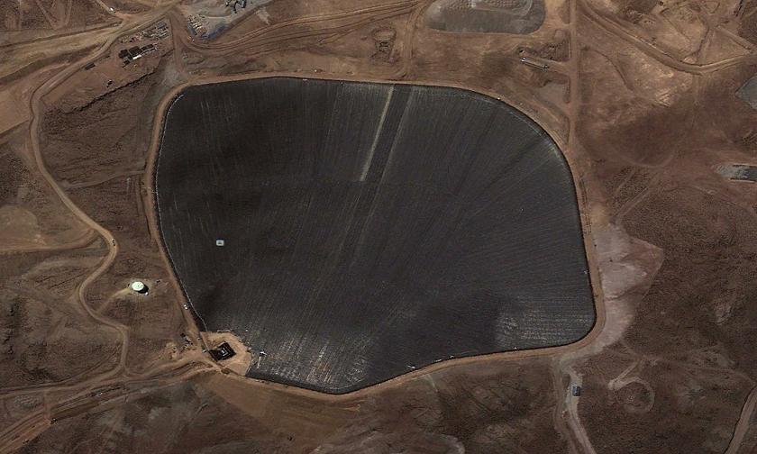 Las geomembranas son comúnmente utilizadas en la industria minera.