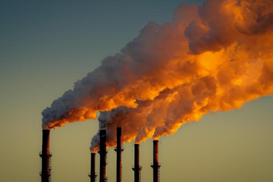 Emisiones atmosféricas provenientes de chimeneas