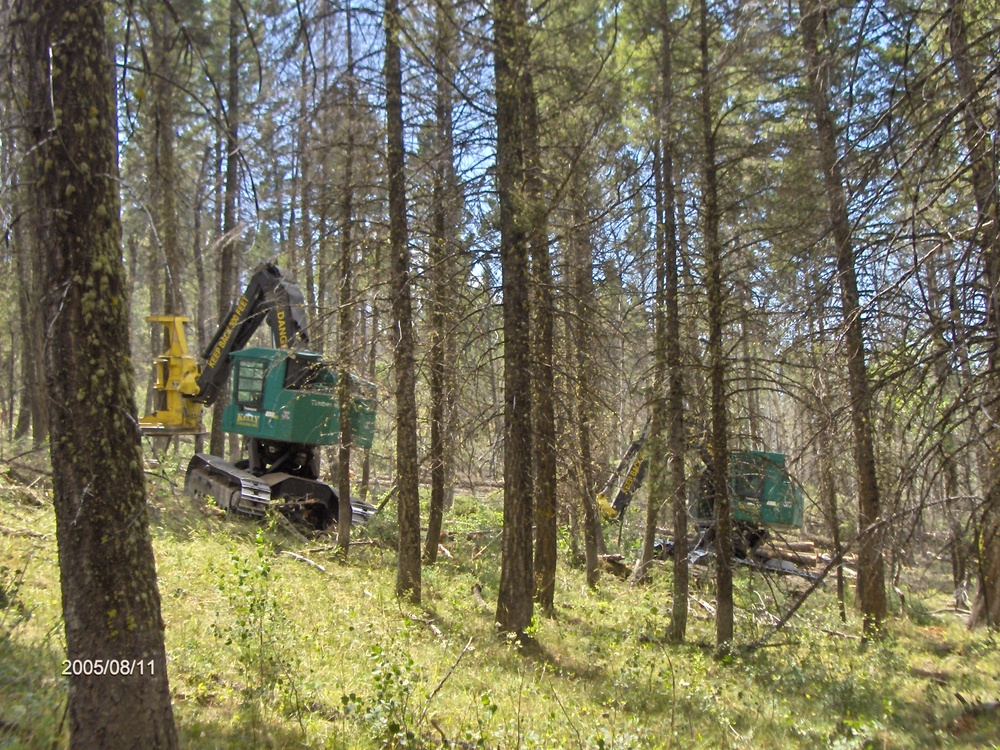 Rick Miller & John Juntunen cutting in Southern Idaho