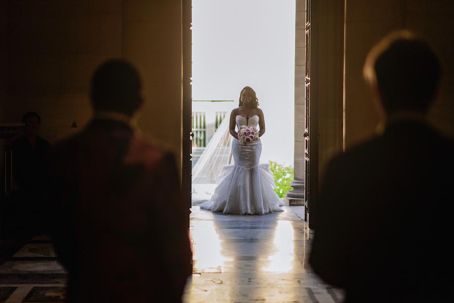 Funke-and-Jide_wedding_fall-2018_munaluchi-bride-magazine_munaluchi_decor_fashion_bridal_gown_paris_france_paris-wedding_multicultural-love32.jpg