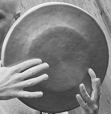 finger gong.jpg