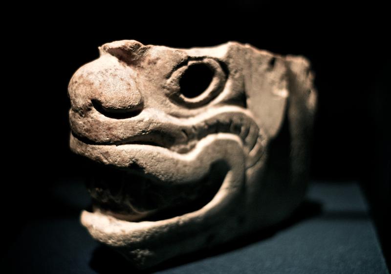 aztek sculpture