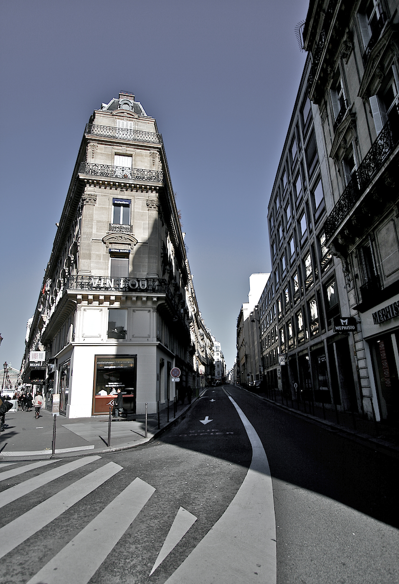 parisian corner