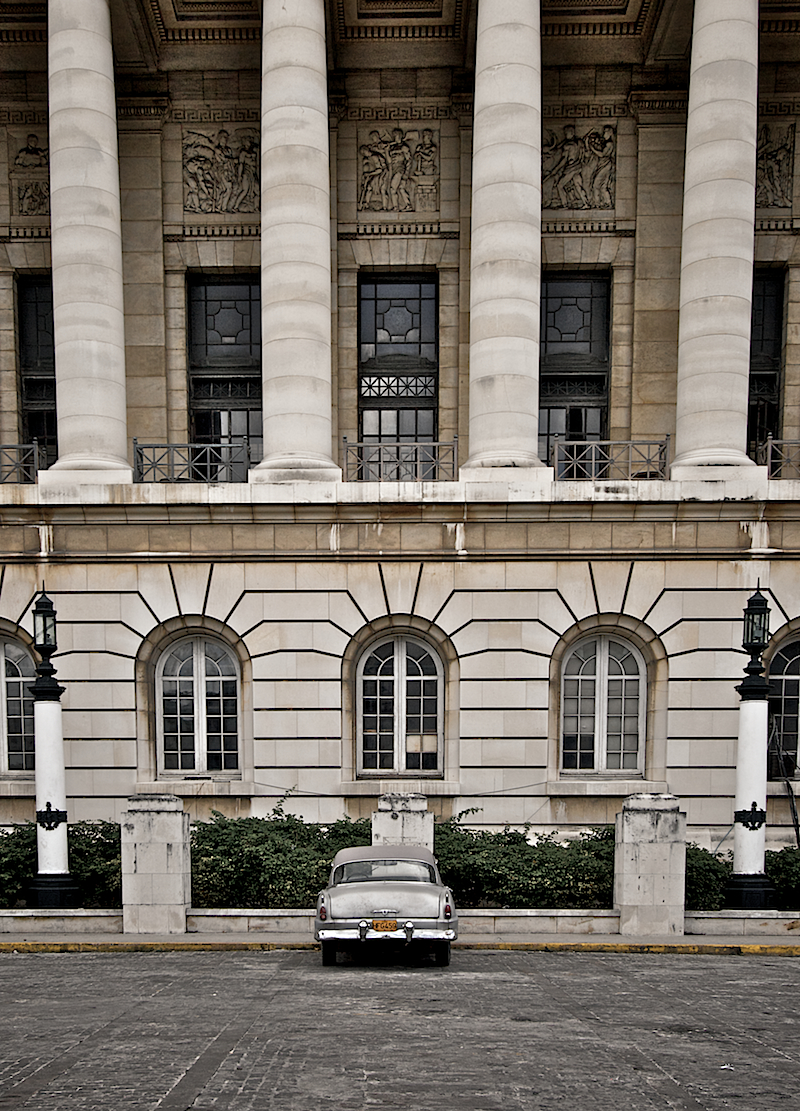 car & columns