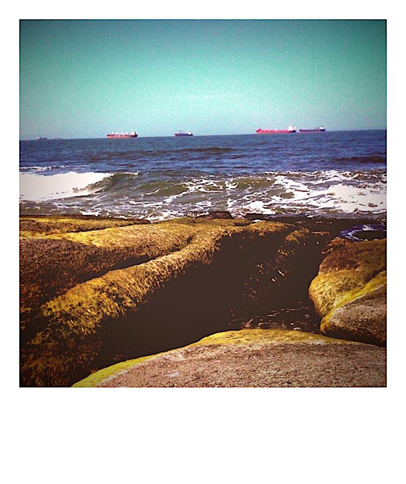 rocks & ships