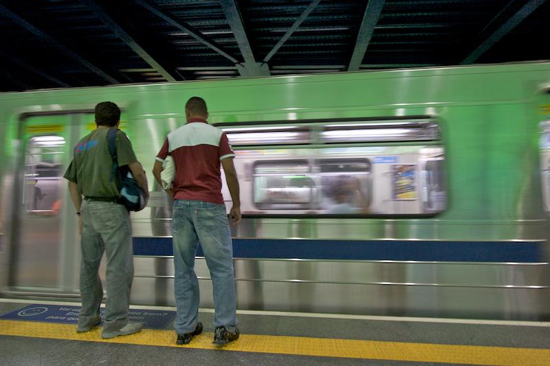 metro passengers