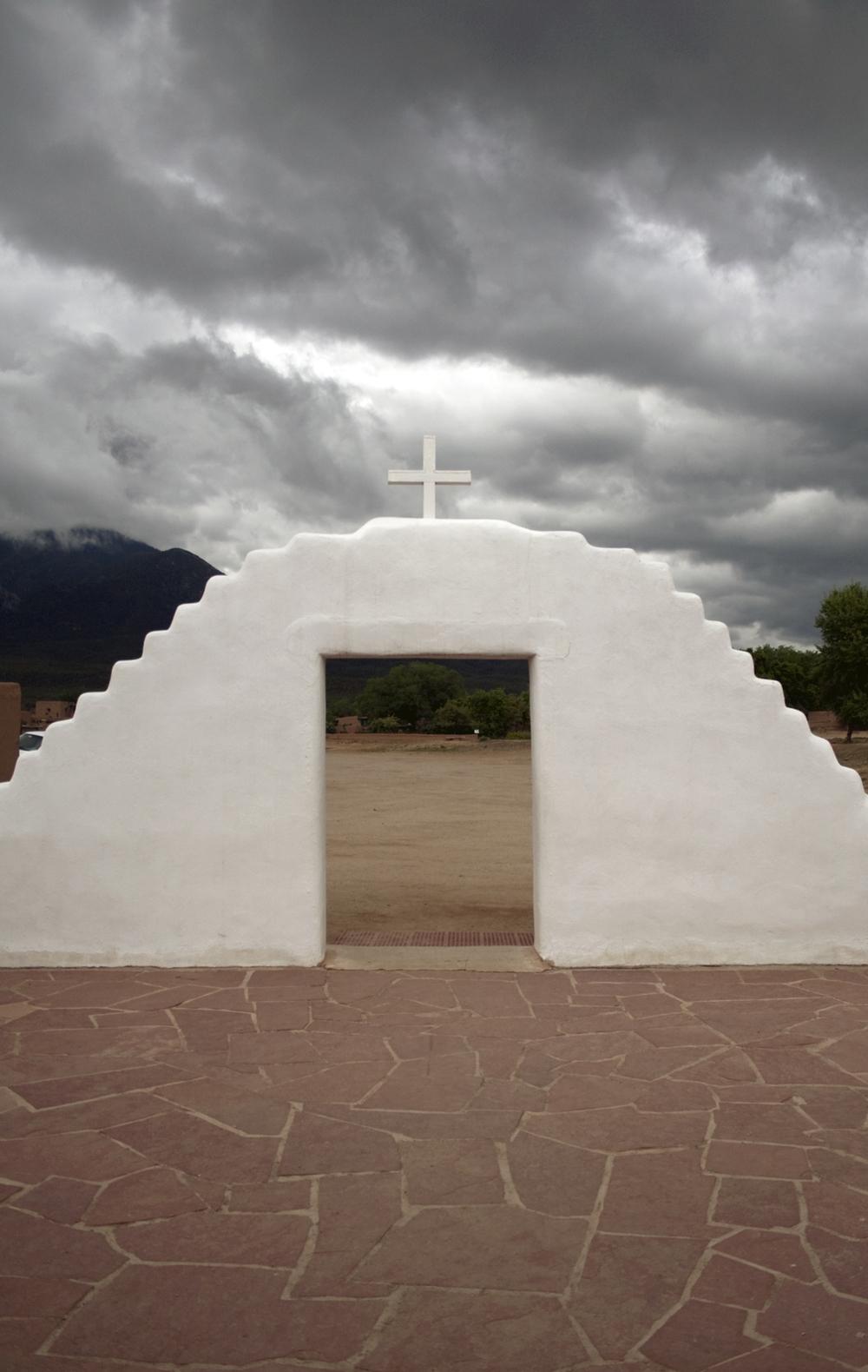 Taos_Pueblo1upload.jpg