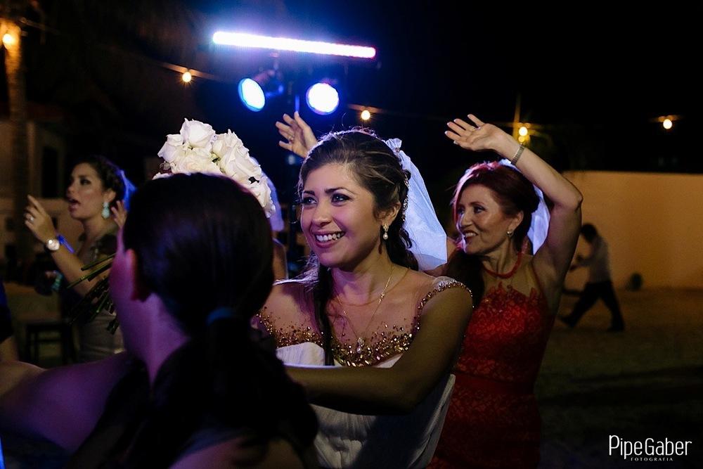 pipe_gaber_fotografia_bodas_merida_yucatan_campeche_cancun_beach_wedding_creativity__foto_boda_playa_17.JPG