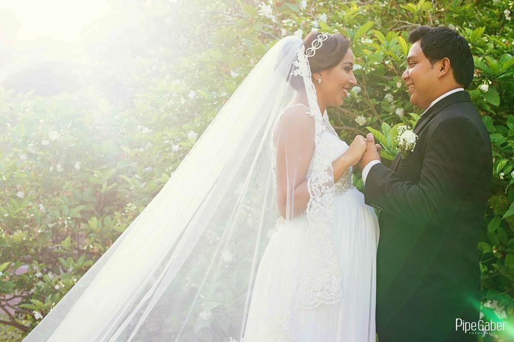 Pipe_gaber_fotografia_valladolid_wedding_boda_yucatan_mexico_bride_convento_sisal_san_bernardino_03.JPG
