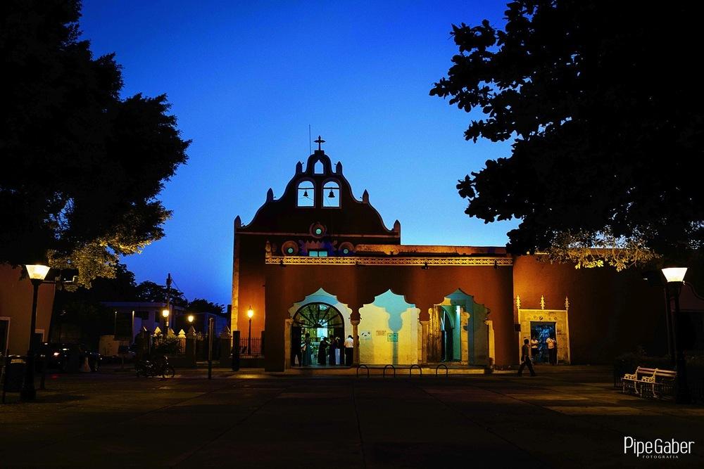 Pipe_gaber_fotografia_valladolid_wedding_boda_yucatan_mexico_bride_iglesia_capilla_candelaria_chappel_06.JPG