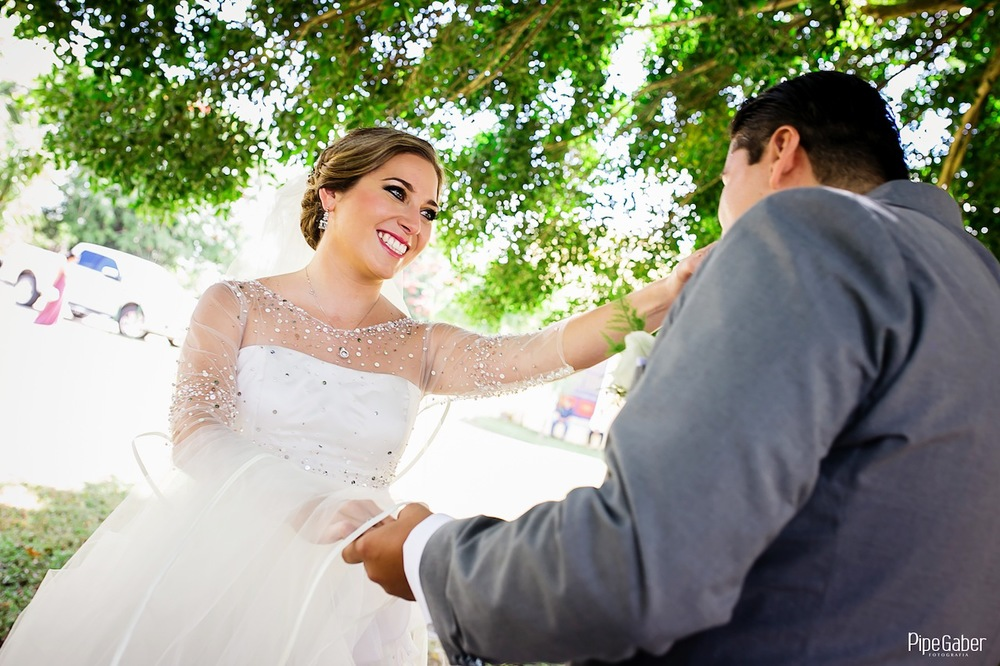 Yucatan_wedding_mexico_chicxulub_pueblo_church_iglesia_boda_fotografia_espontanea_pipe_gaber_momentos_04.JPG