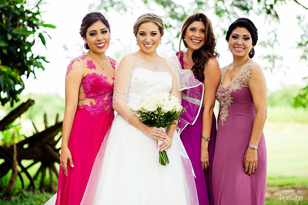 Yucatan_wedding_mexico_chicxulub_pueblo_church_iglesia_boda_fotografia_espontanea_pipe_gaber_momentos_08.JPG