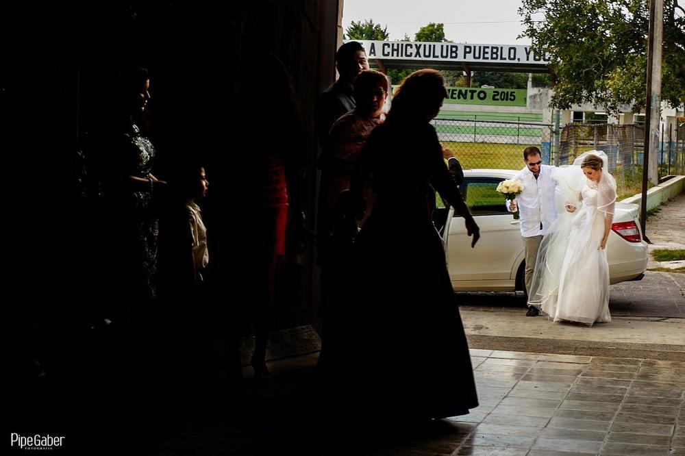 Yucatan_wedding_mexico_chicxulub_pueblo_church_iglesia_boda_fotografia_espontanea_pipe_gaber_momentos_09.JPG