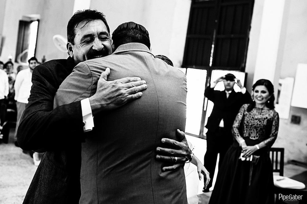Yucatan_wedding_mexico_chicxulub_pueblo_church_iglesia_boda_fotografia_espontanea_pipe_gaber_momentos_14.JPG