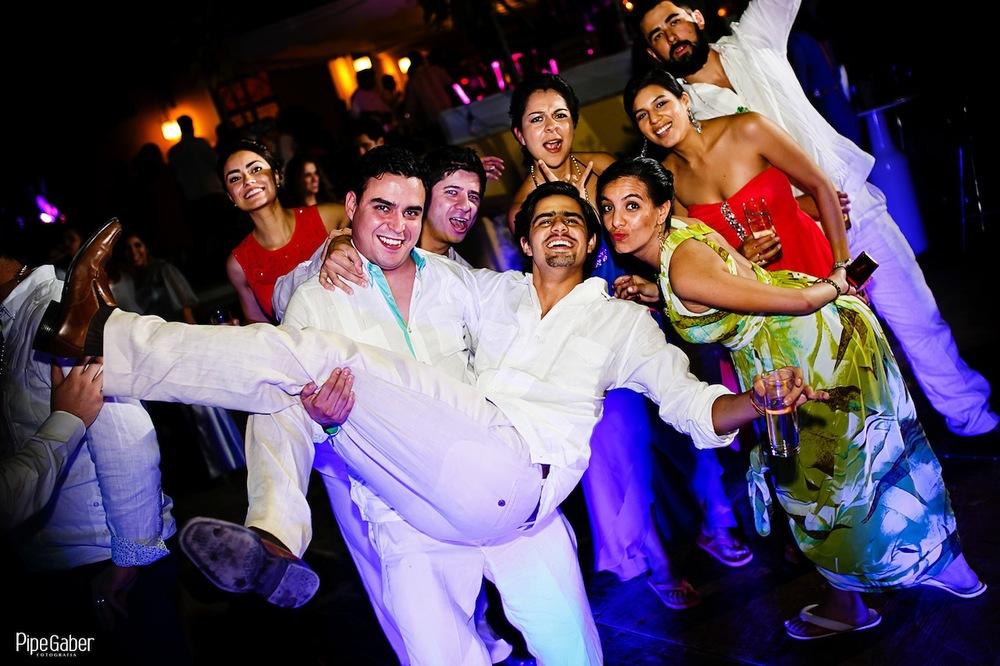 Yucatan_wedding_mexico_chicxulub_pueblo_church_iglesia_boda_fotografia_espontanea_pipe_gaber_momentos_35.JPG