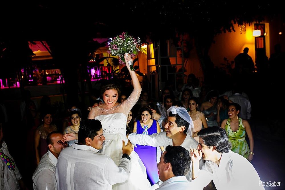 Yucatan_wedding_mexico_chicxulub_pueblo_church_iglesia_boda_fotografia_espontanea_pipe_gaber_momentos_37.JPG