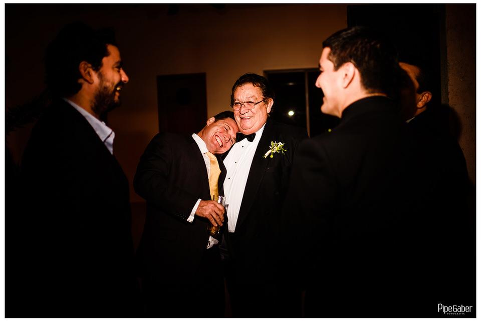 boda_española_merida_fotografia_vicky_martin_berrocal_san_ramon_norte_cristo_divina_misericordia_pipe_gaber_wedding_32.JPG