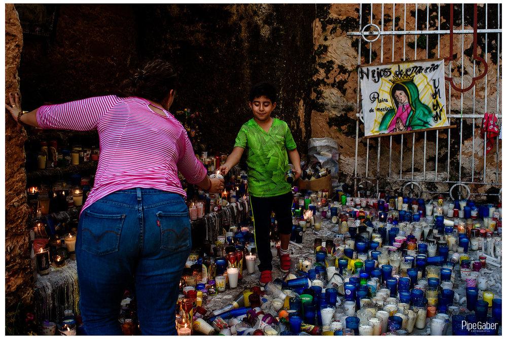 antorchistas_guadalupanos_yucatan_izamal_tradiciones_mexico_virgen_guadalupe_12.JPG
