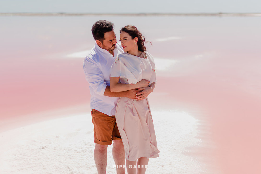SESION_SALINERA_YUCATAN_SAVE_THE_DATE_E_SESSION_LAS_COLORADAS_FOTOGRAFO_MEXICO_15.JPG