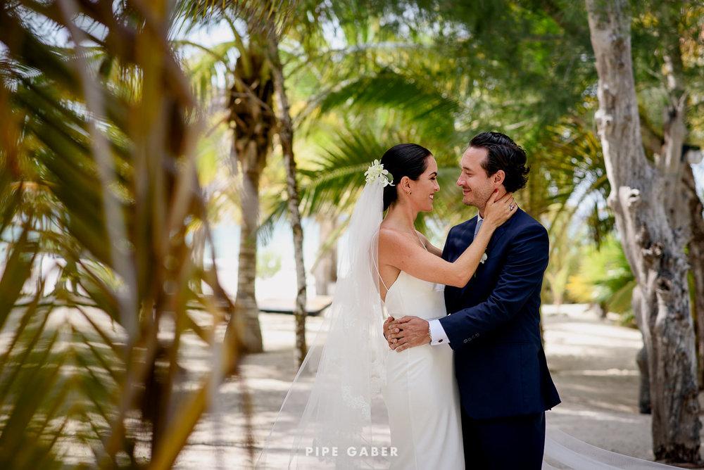 Wedding_phographer_Yucatan_beach_5.JPG