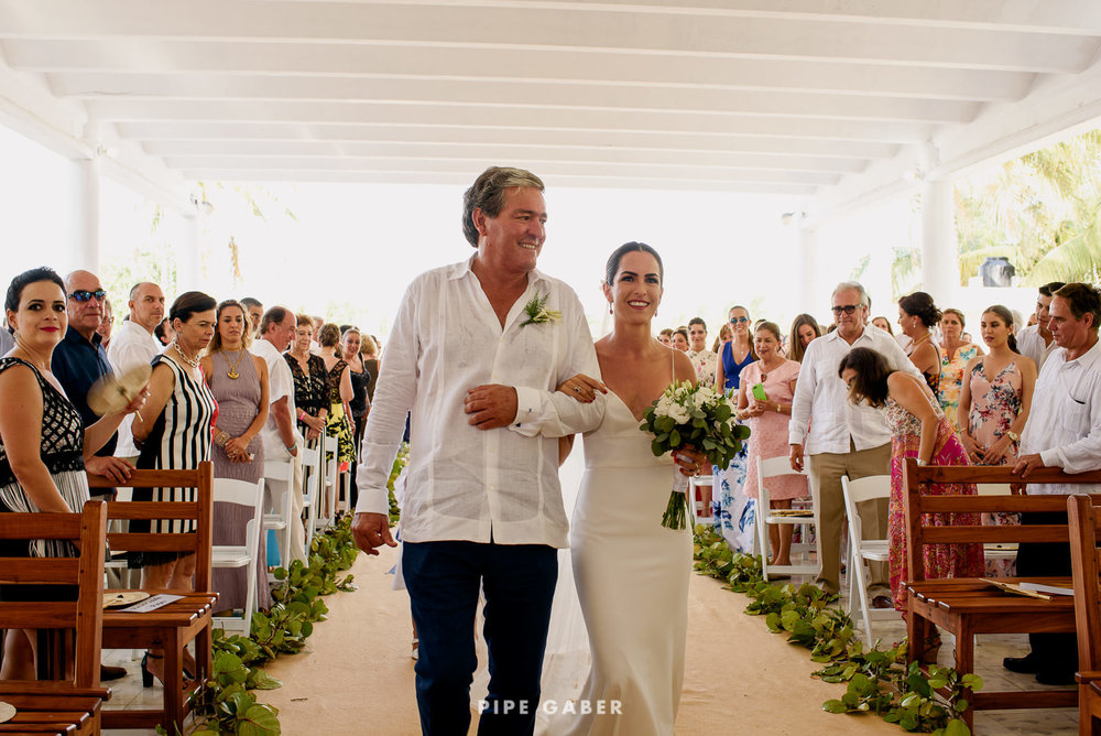 Wedding_phographer_Yucatan_beach_12.JPG
