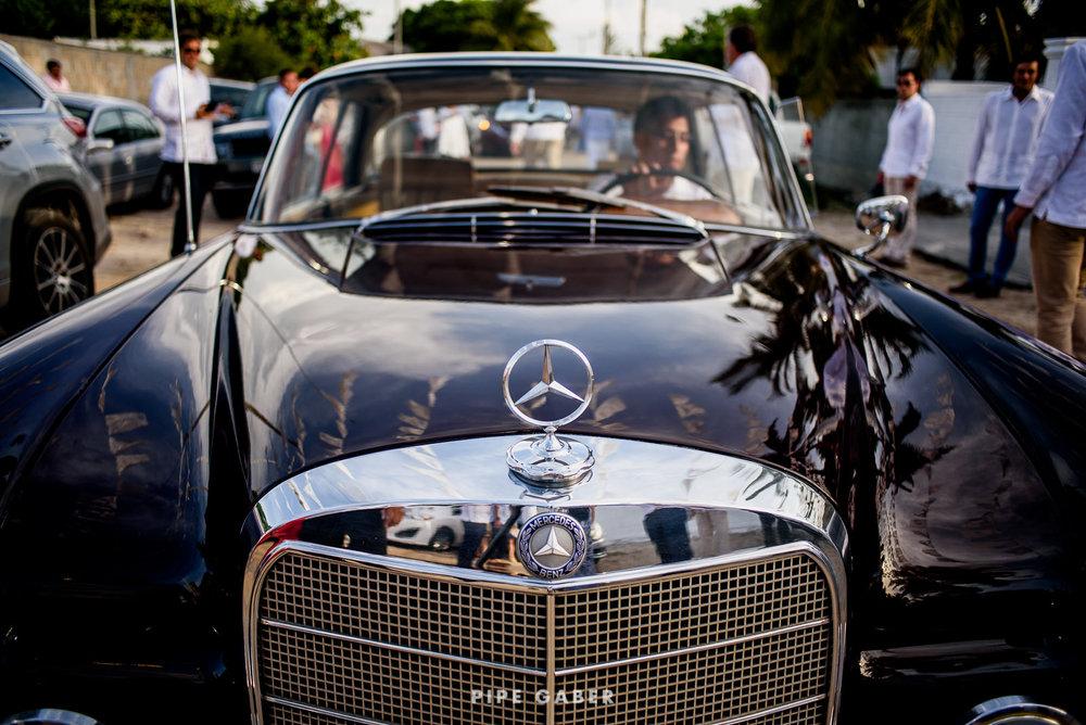 Wedding_phographer_Yucatan_beach_17.JPG