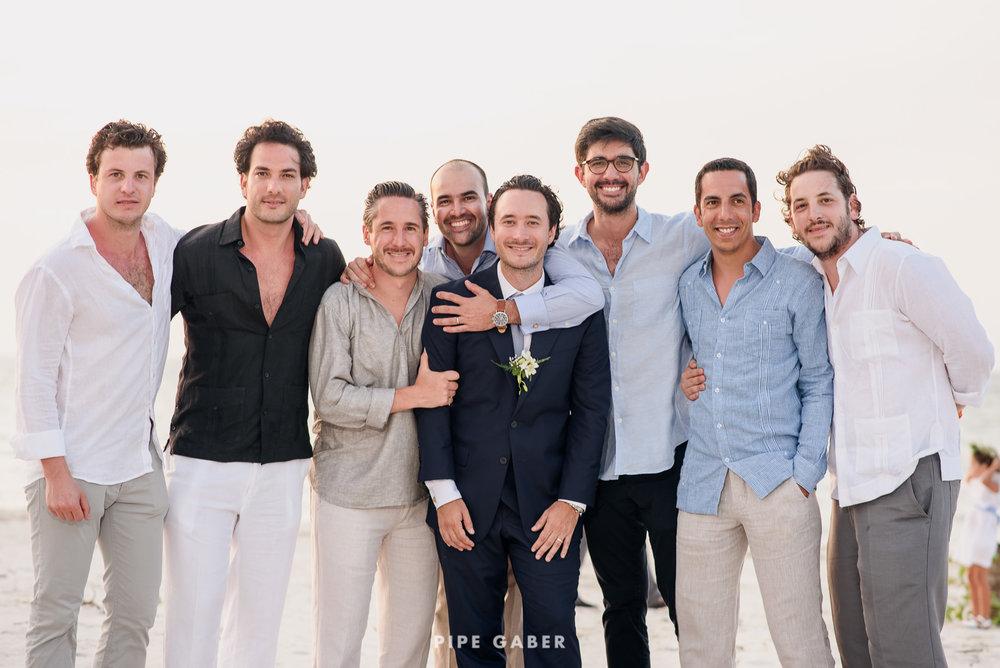 Wedding_phographer_Yucatan_beach_24.JPG