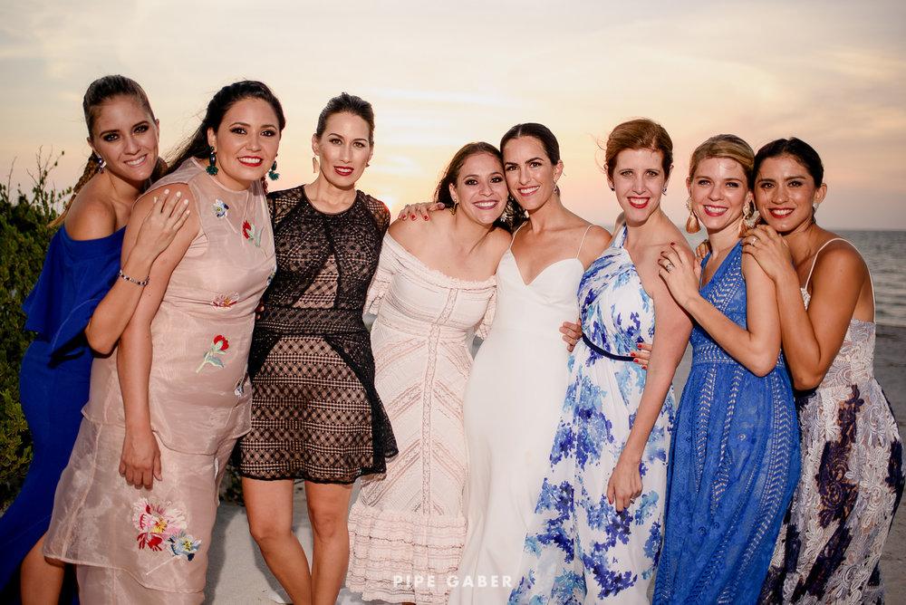 Wedding_phographer_Yucatan_beach_25.JPG