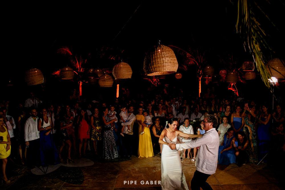 Wedding_phographer_Yucatan_beach_32.JPG